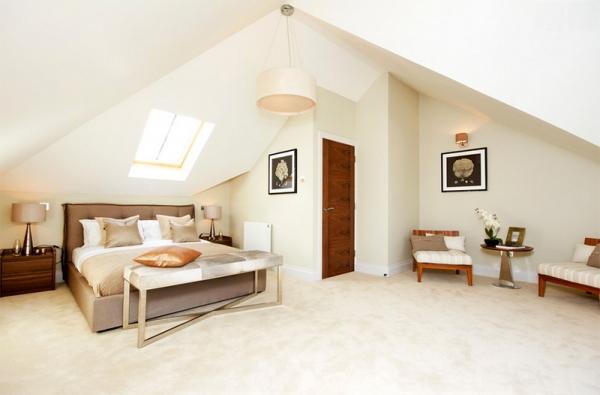 10 Amazing Bedrooms with Skylights (5).jpg