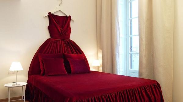 10 graceful feminine bedroom ideas (10)
