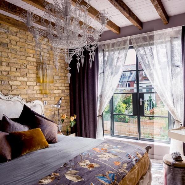 10 graceful feminine bedroom ideas (9)