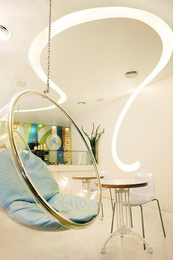 7 fresh and inspiring yogurt bar designs from all over the world (4).jpg