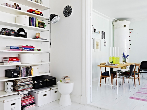 A beautiful white apartment made in heaven (6)