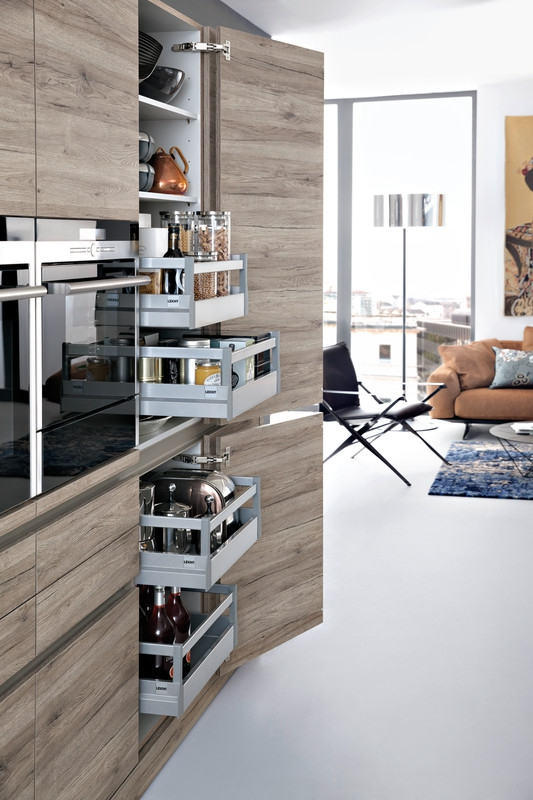 contemporary kitchen with a twist  (5)