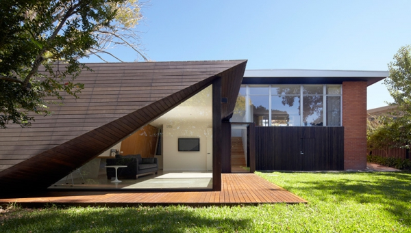 A contemporary minimalist home that keeps it simple  (1)