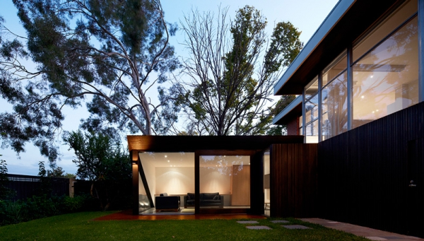 A contemporary minimalist home that keeps it simple  (2)