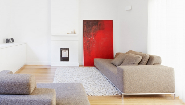 A contemporary minimalist home that keeps it simple  (6)