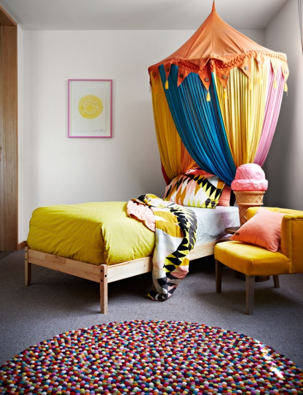 a-fabulous-use-of-colorful-patterns-7