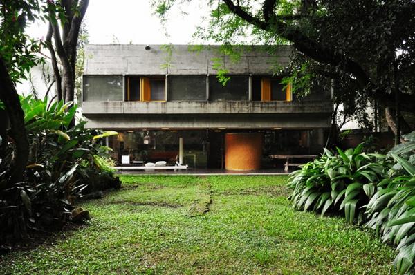 a-gorgeous-split-level-home-1