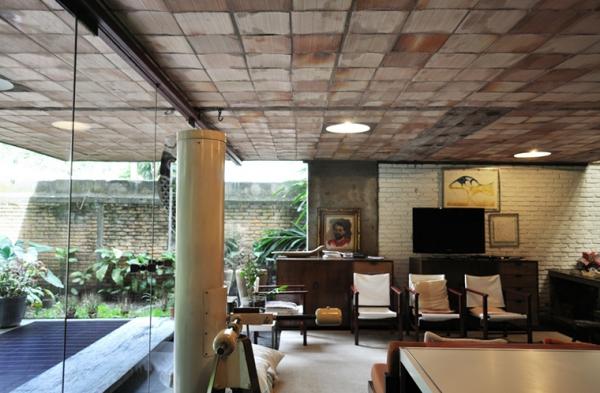 a-gorgeous-split-level-home-4