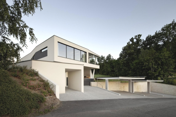 a-modern-house-plan-that-plays-with-lines-4