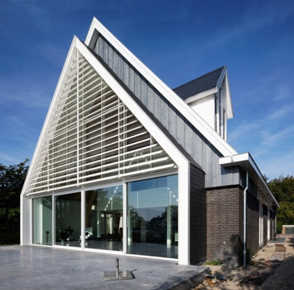 a-rather-unique-house-in-the-netherlands-3