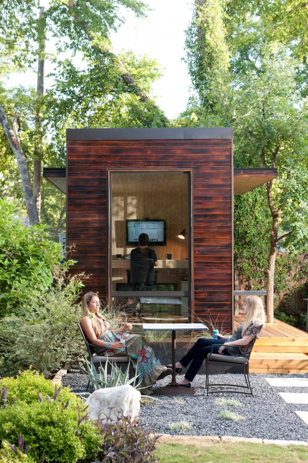 a-remarkable-backyard-office-2