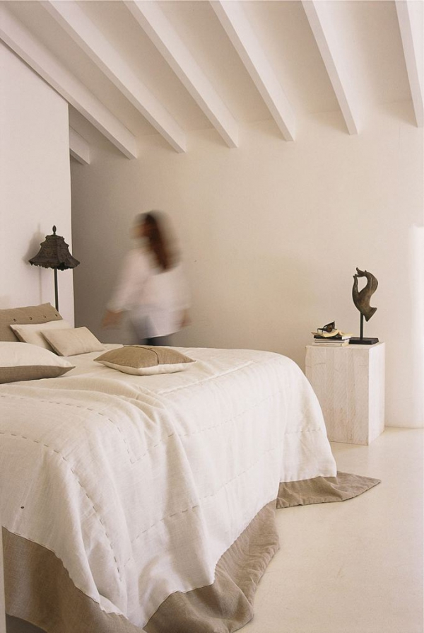 a-renovated-house-in-mallorca-2