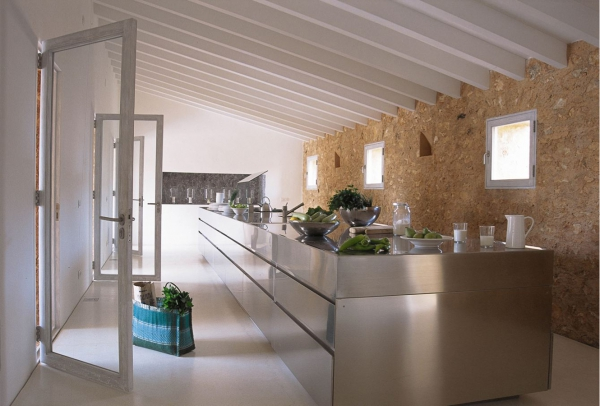 a-renovated-house-in-mallorca-6