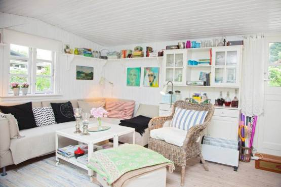 A Scandinavian dream inside an adorable tiny home (1)