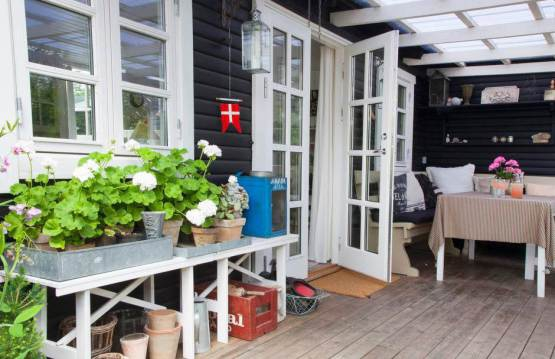 A Scandinavian dream inside an adorable tiny home (8)