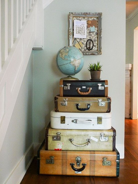 a-suitcase-for-decoration-17
