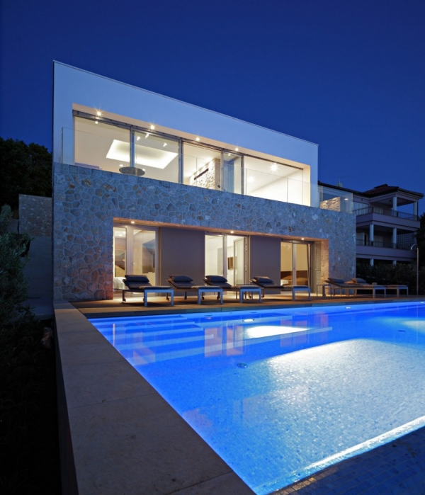 contemporary-house-on-the-adriatic-10