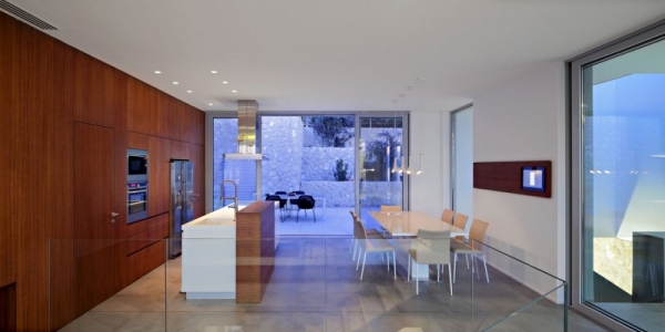 contemporary-house-on-the-adriatic-6