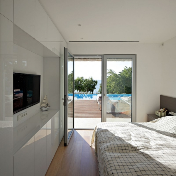contemporary-house-on-the-adriatic-7