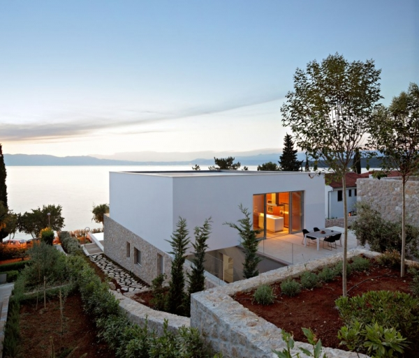 contemporary-house-on-the-adriatic-8