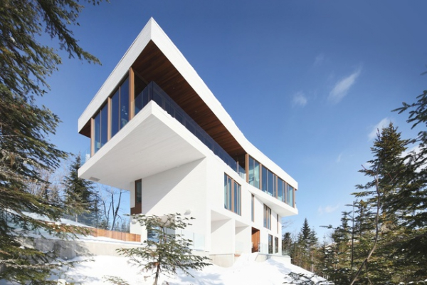 spectacular mountain home Canada (1)
