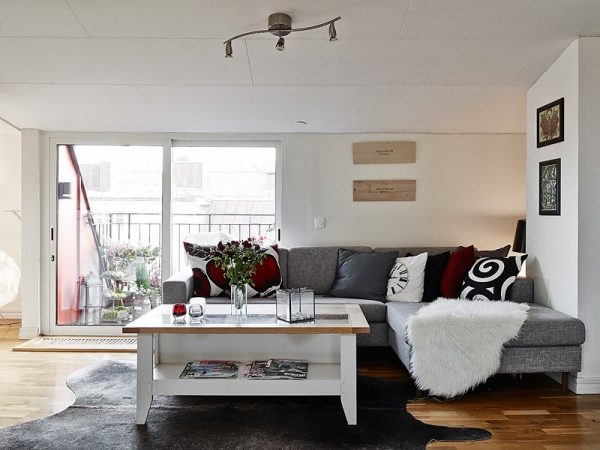 a-very-white-and-gorgeous-apartment-1