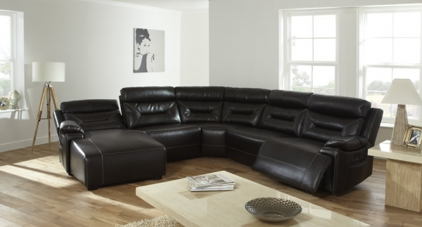 add-a-touch-of-luxury-with-leather-sofas-6