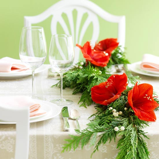 add-flower-arrangements-to-your-festive-decorations-20