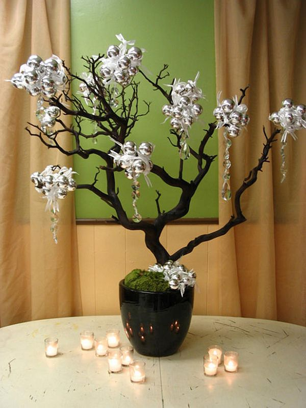 add-flower-arrangements-to-your-festive-decorations-23