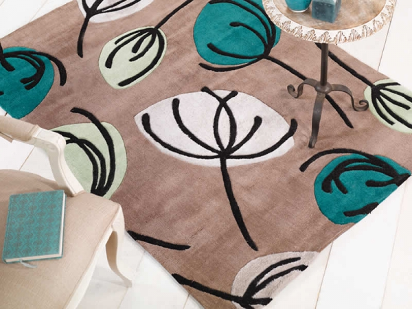 Adding a little extra to your interior with a fashionable rug 4