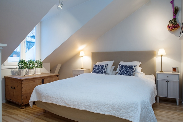 adorable-attic-apartment-in-sweden-7