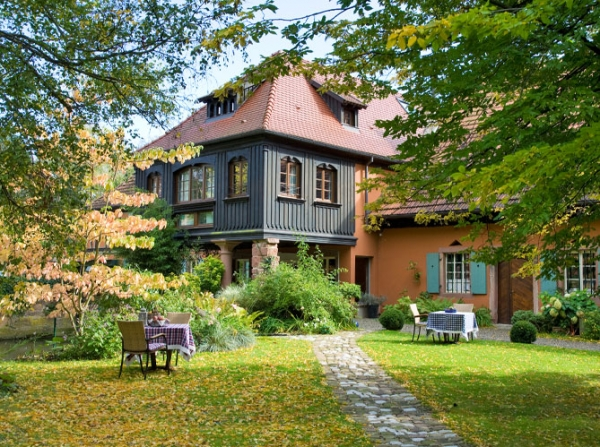 adorable-country-guest-house-8