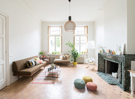 Adorable home with bright and beautiful decor (14)