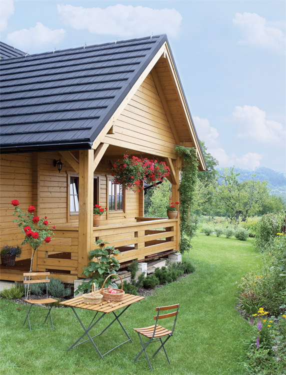adorable-wooden-cottage-in-poland-2