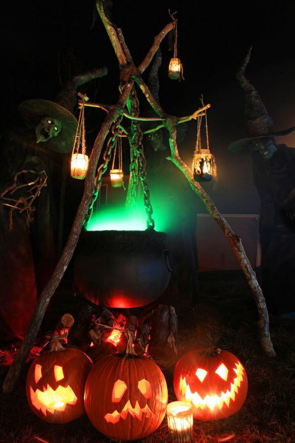 Affordable Spooky Halloween Porch Decoration Ideas – Adorable Home