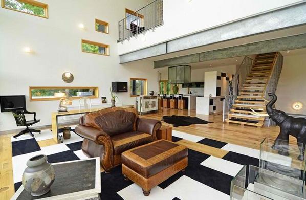Animal Print Themed Living Room
