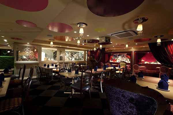 Alice In Wonderland Themed Restaurant Adorable Home