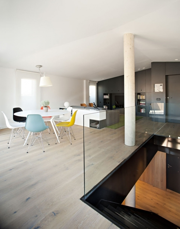amazing-contemporary-attic-6