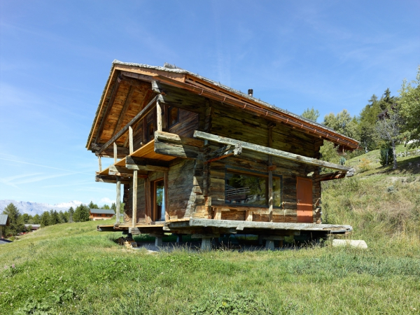 amazing-conversion-of-an-old-granary-2