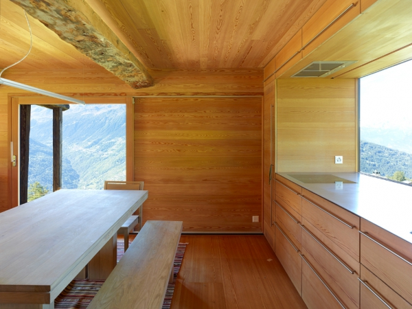 amazing-conversion-of-an-old-granary-5
