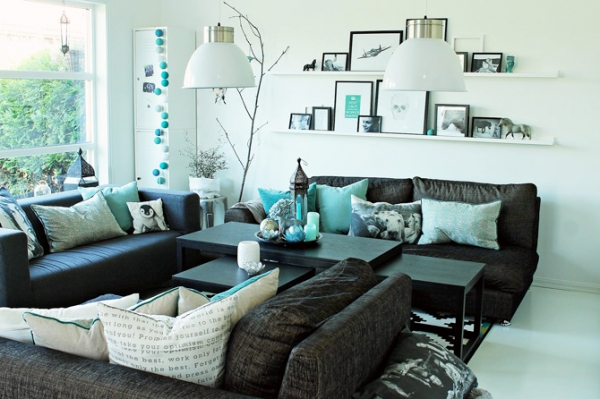 Amazing living room accented with turquoise – Adorable Home