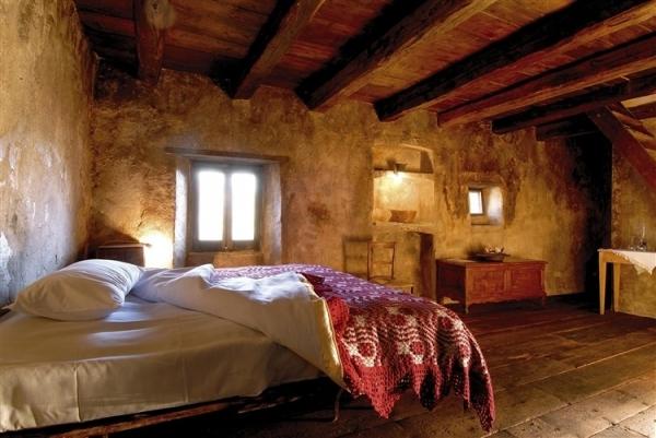 amazing-mediterranean-mountain-village-hotel-2