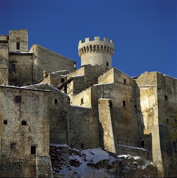 amazing-mediterranean-mountain-village-hotel-5
