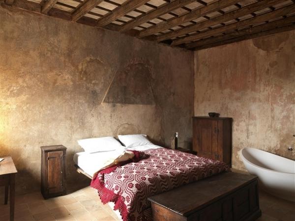 amazing-mediterranean-mountain-village-hotel-7