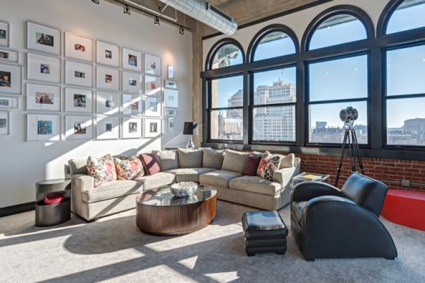 Amazing rehabbed penthouse (10)
