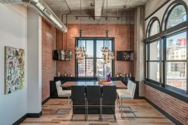 Amazing rehabbed penthouse (12)