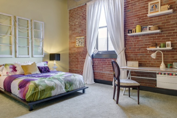 Amazing rehabbed penthouse (22)