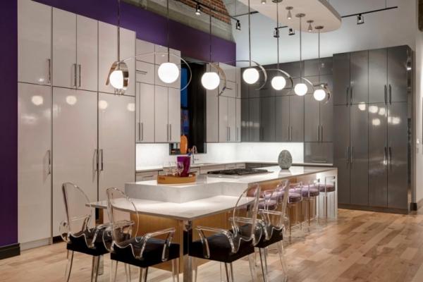 Amazing rehabbed penthouse (3)