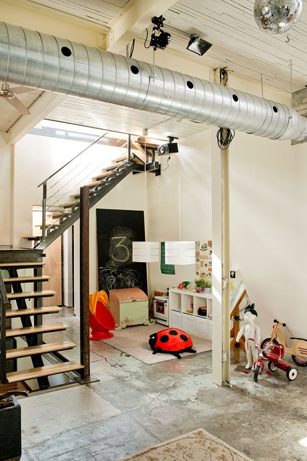 Amazing warehouse conversion creates a dream home (11)