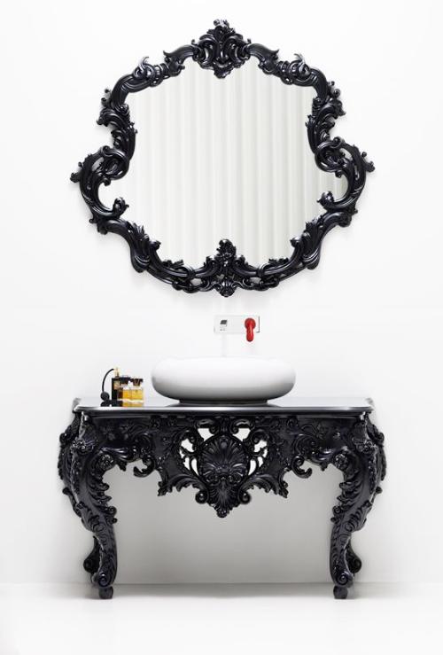 aristocratism-in-the-bathroom-2